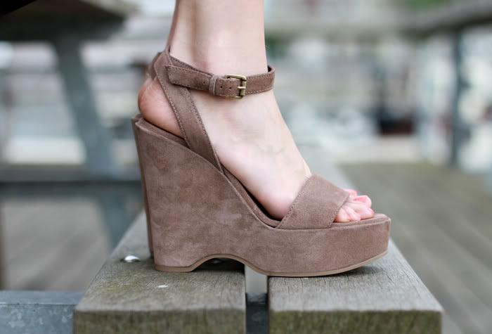 charlotte engelhardt feet