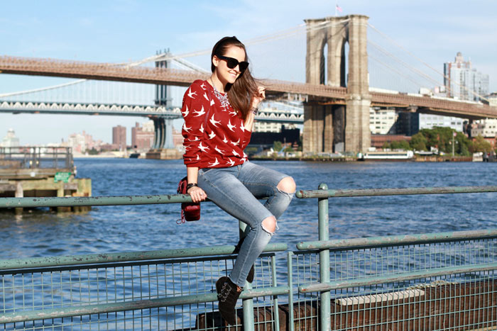 andy torres from stylescrapbook look of the day wearing 3.1 Phillip Lim MINI Pashli bag and Celine sunglasses in New York at the Brooklyn Bridge
