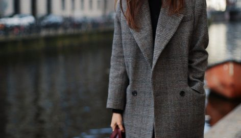 THE BEST COAT TO INVEST IN, THIS WINTER.