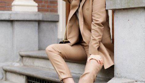 THE CAMEL SUIT AND WHY YOU SHOULD WEAR WHAT YOU LIKE